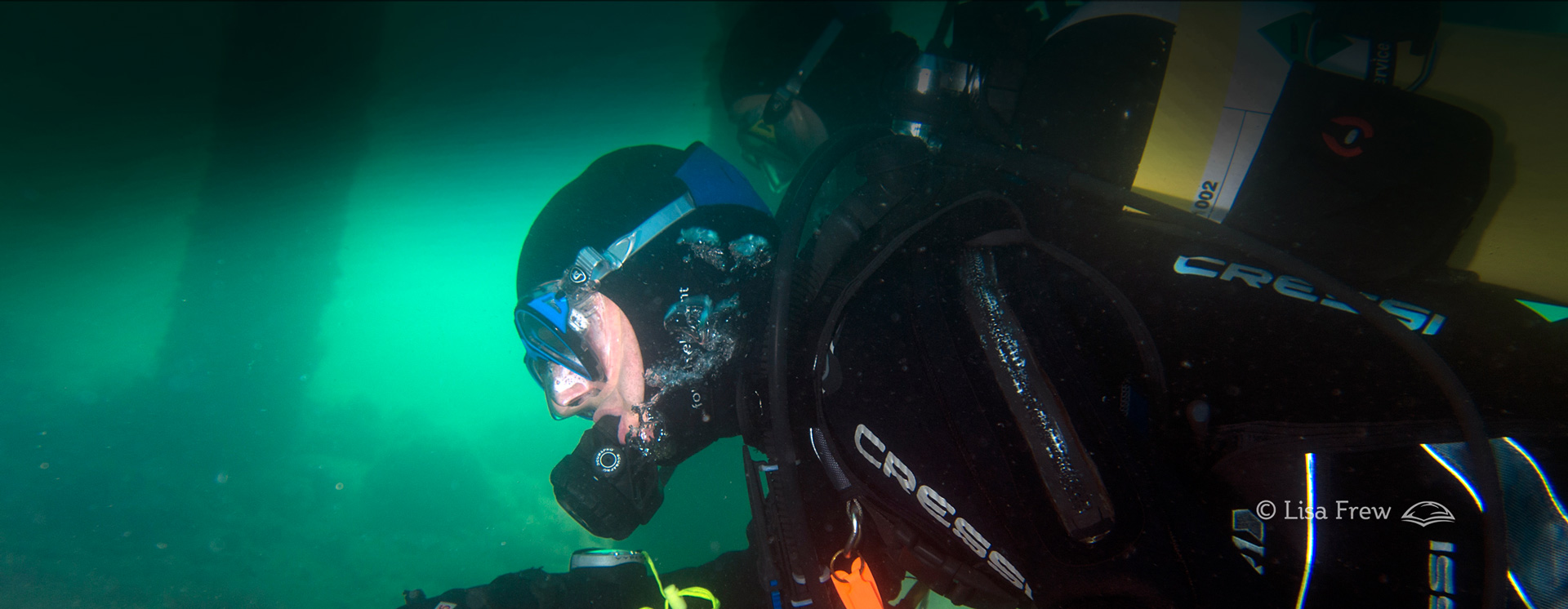 Image of diver completing PADI open water diver course