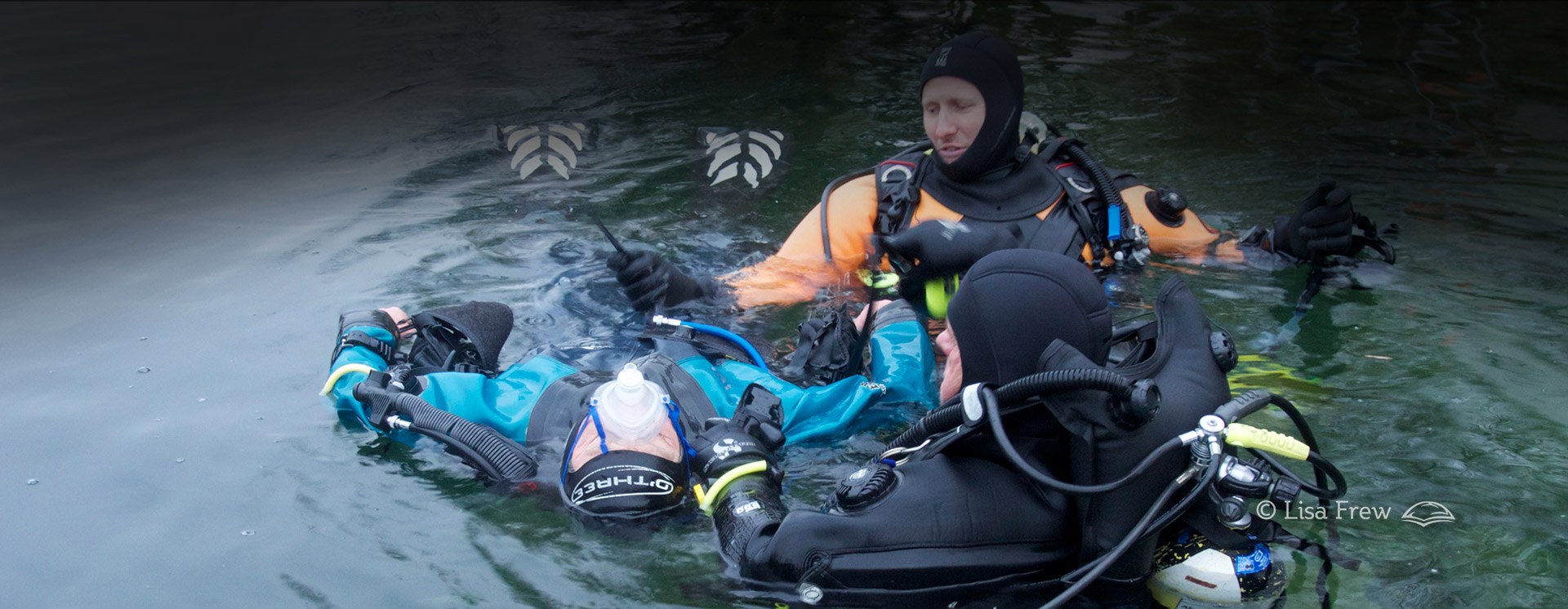 Image of diver training for PADI rescue diver course